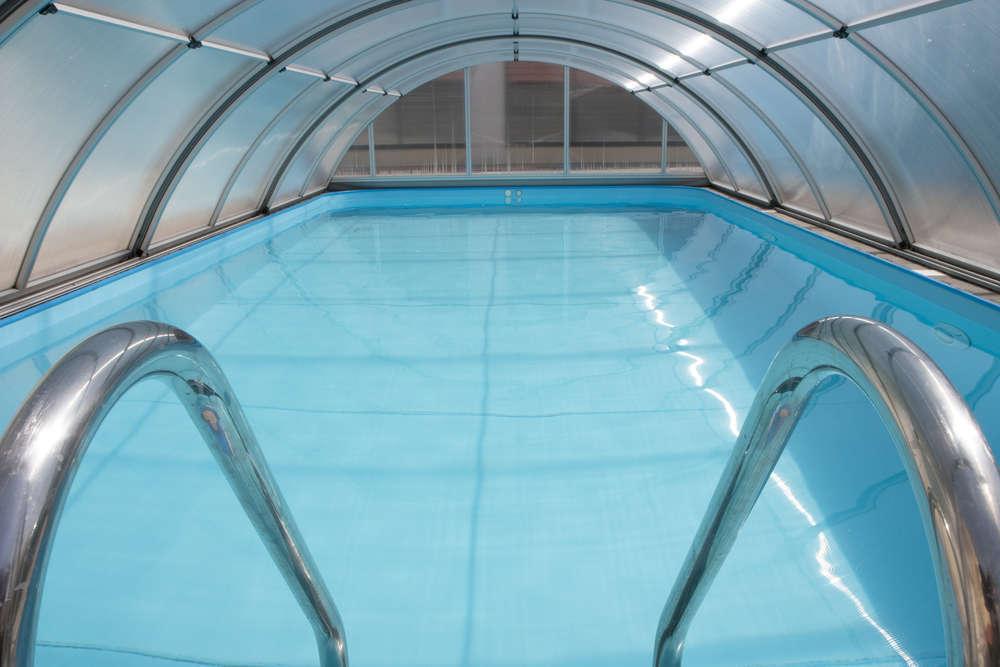 Adquirir una piscina cubierta, ideal para la recuperación de los futbolistas, es una obligación para los propietarios de los clubes