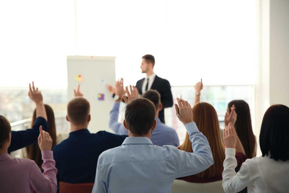 10 cursos que toda empresa debería exigirle a sus empleados